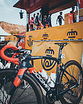 Ineos Grenadiers at sign on before the start of Stage 8 of the Vuelta Espana 2020 running 160km from Logroño to Alto de Moncalvillo, Spain. 28th October 2020. <br /> Picture: Unipublic/BaixauliStudio | Cyclefile<br /> <br /> All photos usage must carry mandatory copyright credit (© Cyclefile | Unipublic/BaixauliStudio)