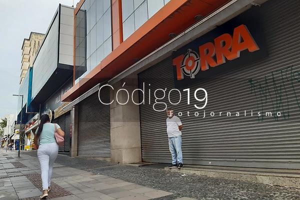 Campinas (SP), 25/01/2021 - Quarentena-SP - Movimento no centro de Campinas, interior de São Paulo, nesta segunda-feira (25), primeiro dia da volta da fase laranja na região.