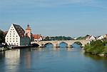 Germany, Bavaria, Upper Palatinate, Regensburg at river Danube: Old Town with Stone Bridge, City Gate