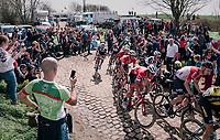 cornering in sector 26<br /> <br /> 116th Paris-Roubaix (1.UWT)<br /> 1 Day Race. Compiègne - Roubaix (257km)