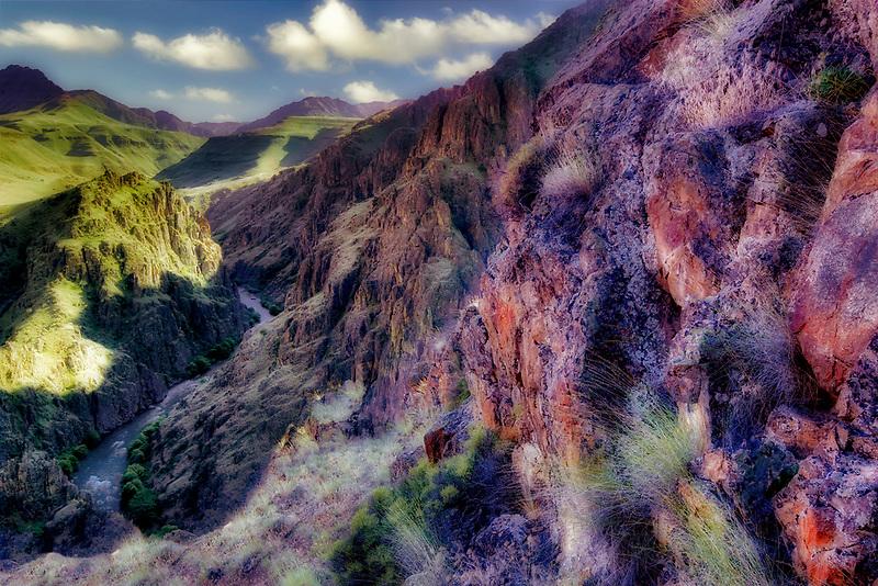 Imnaha canyon and river. Hells Canyon National Recreation Area, Oregon