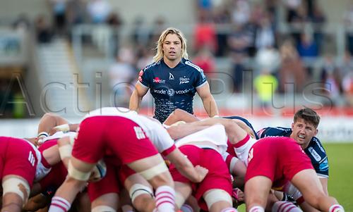4th June 2021; AJ Bell Stadium, Salford, Lancashire, England; English Premiership Rugby, Sale Sharks versus Harlequins;  Faf De Klerk of Sale Sharks looks over the Quins scrum
