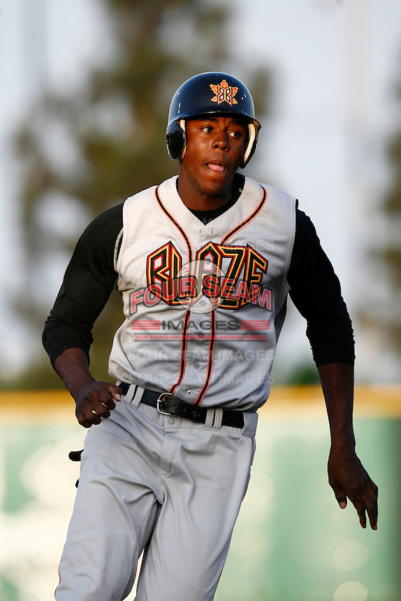 May 26 2007: John Mayberry,jr.of the Bakersfield Blaze runs the bases against the Rancho Cucamonga Quakes at The Epicenter in Rancho Cucamonga,CA.  Photo by Larry Goren/Four Seam Images