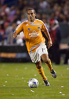Houston Dynamo's Dwayne De Rosario. The Houston Dynamo and Chivas USA played to a 1-1 tie at Home Depot Center stadium in Carson, California on Saturday October 25, 2008. Photo by Michael Janosz/isiphotos.com