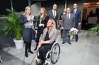 12-02-11Tennis, Rotterdam, ABNAMROWTT, Award Esther Vergeer