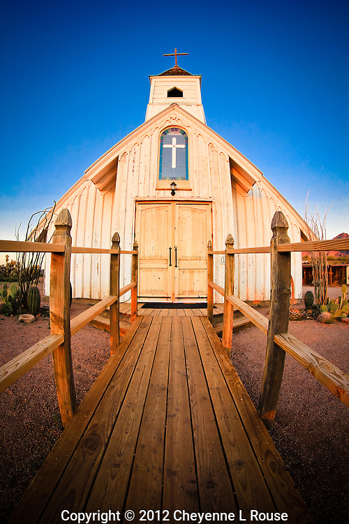 Elvis Church - Arizona - Apacheland - fish-eye view. <br />
