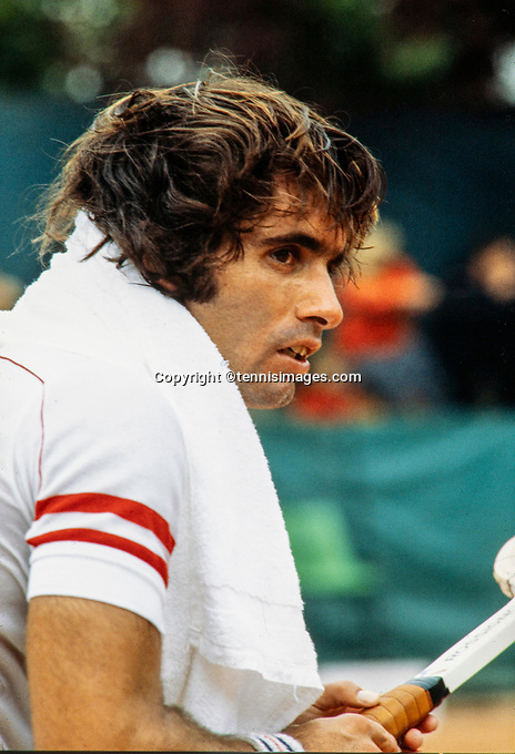 June 30, 1979, London, England, AELTC, All England Club, Wimbledon, Harold Solomon (USA) during changeover<br /> Photo: Tennisimages/Henk Koster