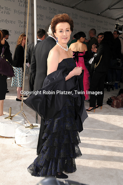 """Mercedes Bass..arriving at The Metropolitan Opera Opening Night Gala Benefit, underwritten by Yves Saint Laurent, on April 21, 2008 at The Metropolitan Opera House in Lincoln Center. ..The opening opera was  Donizetti's """"La Fille du Regiment.""""....Robin Platzer, Twin Images"""