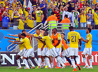 CUIABA - BRASIL -24-06-2014. Jugadores de Colombia (COL) celebran un gol de Juan Cuadrado (#11) anotado a Japón (JPN) durante partido del Grupo C de la Copa Mundial de la FIFA Brasil 2014 jugado en el estadio Arena Pantanal de Cuiaba./ Players of Colombia (COL) celebrate a goal from Juan Cuadrado (#11) scored to Japan (JPN) during the macth of the Group C of the 2014 FIFA World Cup Brazil played at Arena Pantanal stadium in Cuiaba. Photo: VizzorImage / Alfredo Gutiérrez / Contribuidor