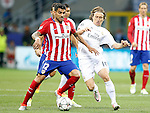 Real Madrid's Luka Modric (r) and Atletico de Madrid's Augusto Fernandez during UEFA Champions League 2015/2016 Final match.May 28,2016. (ALTERPHOTOS/Acero)