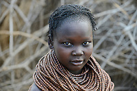 ETHIOPIA, Southern Nations, Lower Omo valley, Kangaten, village Kakuta, Nyangatom tribe, woman with traditional wooden beads nnecklace / AETHIOPIEN, Omo Tal, Kangaten, Dorf Kakuta, Nyangatom Hirtenvolk, Frau mit traditioneller Halskette aus Holzperlen