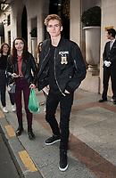 September 26 2017 PARIS FRANCE Top Model Presley Walker Gerber<br /> leaves the Georges V Hotel on Avenue Georges V. # PEOPLE SORTANT DU GEORGE V