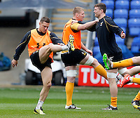 Photo: Richard Lane/Richard Lane Photography. Wasps Captains Run ahead of their game against Saracens in the European Champions Cup Semi Final at the Madejski Stadium. 21/04/2016. Jimmy Gopperth.