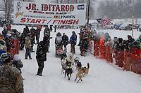 Shameka Nelson of Anchor Point leaves the start line of the 2009 Junior Iditarod on Knik Lake on Saturday Februrary 28, 2009.