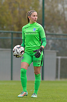 Genk's goalkeeper Joséphine Delvaux  pictured during a female soccer game between SV Zulte - Waregem and KRC Genk on the 8 th matchday of the 2020 - 2021 season of Belgian Scooore Women s SuperLeague , saturday 21 th of November 2020  in Zulte , Belgium . PHOTO SPORTPIX.BE | SPP | DIRK VUYLSTEKE