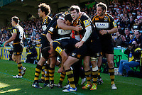 Photo: Richard Lane/Richard Lane Photography. London Wasps v Gloucester Rugby. Aviva Premiership. 01/04/2012. Wasps' celebrate a try by Hugo Southwell.