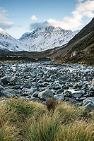 Sunrise over Aoraki Mount Cook with Hooker River, Aoraki Mount Cook National Park, Mackenzie Country, UNESCO World Heritage Area, New Zealand