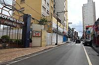 Araraquara (SP), 15/02/2021 - Lockdown-SP - Araraquara, interior de São Paulo, começou nesta segunda-feira (15) seu primeiro dia de lockdown. Pelas ruas da região central as lojas estavam todas fechadas e o movimento é pouco intenso para um começo de semana. Só pode circular quem vai trabalhar ou precisa de algum serviço essencial. Na rodoviária da cidade o movimento também era bem abaixo do esperado para essa época. O decreto que limita a circulação de pessoas segue por 15 dias. A decisão foi tomada depois da confirmação que circulam em Araraquara novas variantes do coronavírus, as cepas de Manaus e Londres.