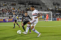 Orlando, FL - Saturday Jan. 21, 2017:  São Paulo forward Chavez (9) plays the ball away from Corinthians midfielder Gabriel(5) during the second half of the Florida Cup Championship match between São Paulo and Corinthians at Bright House Networks Stadium. The game ended 0-0 in regulation with São Paulo defeating Corinthians 4-3 on penalty kicks