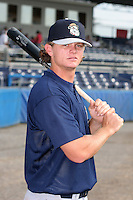 Mahoning Valley Scrappers Josh Roberts poses for a photo before a NY-Penn League game at Dwyer Stadium on July 30, 2006 in Batavia, New York.  (Mike Janes/Four Seam Images)