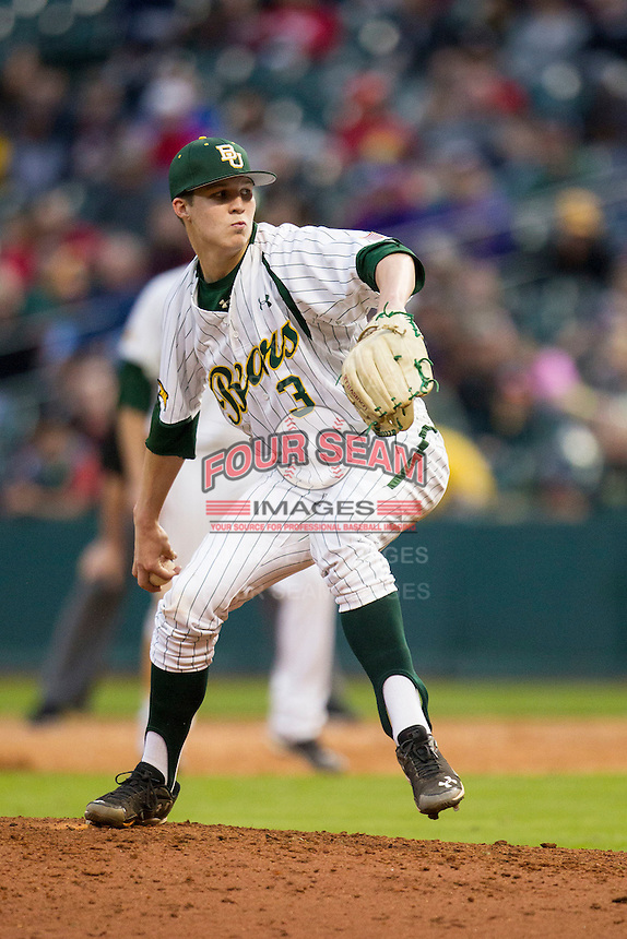 Baylor Bears pitcher Nick Lewis (3) delivers a pitch to the plate during the NCAA baseball game against the LSU Tigers on March 7, 2015 in the Houston College Classic at Minute Maid Park in Houston, Texas. LSU defeated Baylor 2-0. (Andrew Woolley/Four Seam Images)
