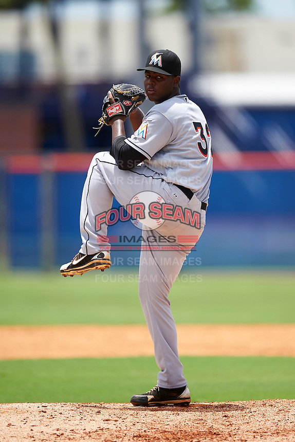 GCL Marlins relief pitcher Eliezer Cuello (32) during a game against the GCL Mets on August 12, 2016 at St. Lucie Sports Complex in St. Lucie, Florida.  GCL Marlins defeated GCL Mets 8-1.  (Mike Janes/Four Seam Images)