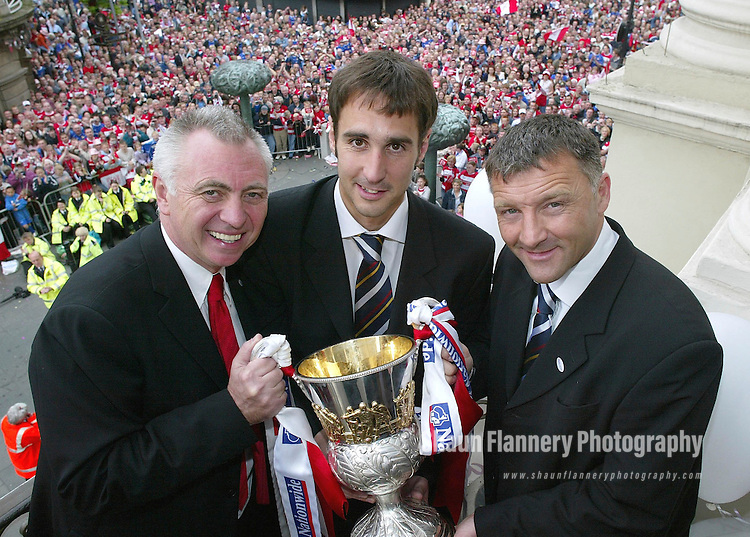 Pix: Shaun Flannery/shaunflanneryphotography.com<br /> <br /> COPYRIGHT PICTURE>>SHAUN FLANNERY>01302-570814>>07778315553>><br /> <br /> 9th May 2004<br /> Doncaster Rovers promotion parade to Mansion House after winning the 2004/04 season Third Division title.<br /> John Ryan, Dave Penny