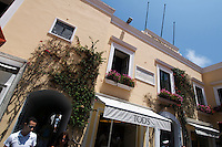 Italien, Capri, Rathaus an Piazzetta (Piazza di Umberto I in Ort Capri