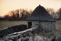 Europe/France/Midi-Pyrénées/46/Lot/Parc Naturel Régional des Causses du Quercy/Causse de Livernon/Env Livernon: Cazelle sur le causse