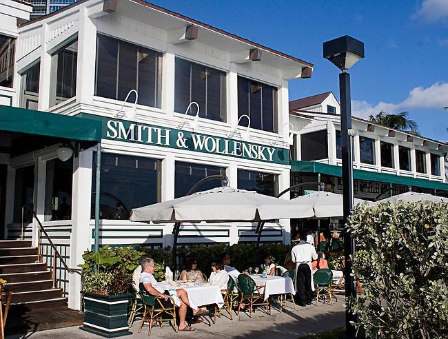 Smith & Wollensky Restaurant, Miami, Florida
