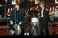 JOHNNY HALLYDAY & JACQUES DUTRONC - LES VIEILLES CANAILLES EN CONCERT AU FESTIVAL ALUNA