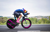 the unfortunate defending champion Chloe Dygert (USA) 2 kilometers before crashing out of the race in a spectacular way.<br /> <br /> Women Elite Time trial from Imola to Imola (31.7km)<br /> <br /> 87th UCI Road World Championships 2020 - ITT (WC)<br /> <br /> ©kramon