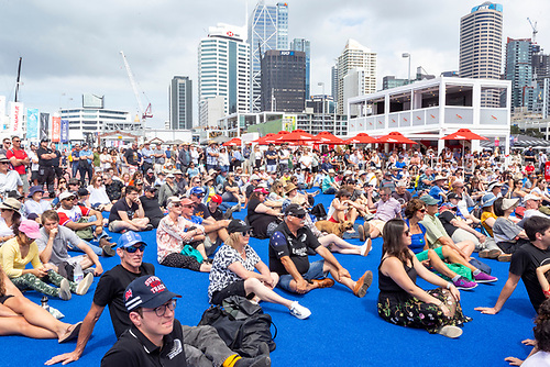 Crowds wait for the wind in Auckland