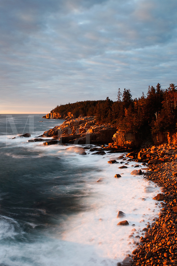 Monument Cove and Boulder Beach at dawn, Acadia National Park, near Bary Harbor, Maine, USA