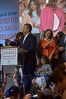 BOGOTA - COLOMBIA, 17-06-2018:Discurso de agradecimiento de Ivan Duque a sus seguidores. La segunda vuelta de las elecciones presidenciales de Colombia de 2018 se celebrarán el domingo 17 de junio de 2018. El candidato ganador gobernará por un periodo máximo de 4 años fijado entre el 7 de agosto de 2018 y el 7 de agosto de 2022. /Thanks speech of Ivan Duque to his followers . Colombia's 2018 second round presidential election will be held on Sunday, June 17, 2018. The winning candidate will govern for a maximum period of 4 years fixed between August 7, 2018 and August 7, 2022. Photo: VizzorImage / Nicolas Aleman / Cont