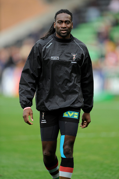 Paul Sackey of Harlequins warms up before the Heineken Cup Round 1 match between Harlequins and Scarlets at the Twickenham Stoop on Saturday 12th October 2013 (Photo by Rob Munro)