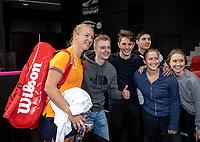 The Hague, The Netherlands, Februari 4, 2020,  Sportcampus , FedCup  Netherlands - Balarus, Dutch team practise, Kiki Bertens with fans<br /> Photo: Tennisimages/Henk Koster