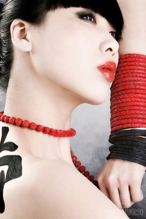 Jewellery Designer: Melissa Curry.www.melissacurrydesign.ie.Model: Yomiko - Assets Models. Photographer: Angela Halpin