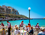 Malta, Insel Gozo, Xlendi: beliebter Ausflugsort - Cafe direkt am Wasser | Malta, Island Gozo, Xlendi: popular place of excursions - cafe