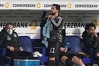 Amin Younes (Deutschland Germany) bereitet sich auf die Einwechslung vor - 25.03.2021: WM-Qualifikationsspiel Deutschland gegen Island, Schauinsland Arena Duisburg
