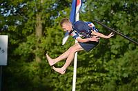 FIERJLEPPEN: GRIJPSKERK: 22-05-2019, 1e klasse FLB Fierljepen, ©foto Martin de Jong