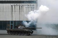 - Swiss Armed Forces, PZ 68 tank in exercise....- Forze Armate Svizzere, carro armato PZ 68 in esercitazione