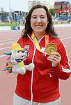 Renee Foessel, Toronto 2015 - Para Athletics // Para-athlétisme.<br /> Renee Foessel receives her gold medal for the Women's Discus Throw F37/38/44 Final // Renee Foessel reçoit sa médaille d'or pour la finale du lancer du disque féminin F37 / 38/44. 13/08/2015.