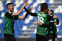 Domenico Berardi of US Sassuolo celebrates with team mates after scoring on penalty the goal of 1-1 during the Serie A football match between US Sassuolo and Atalanta BC at Citta del Tricolore stadium in Reggio Emilia (Italy), May 2nd 2021. Photo Andrea Staccioli / Insidefoto