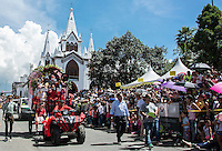 MANIZALES-COLOMBIA. 05-01-2016: Candidatas al reinado del Café durante su paritcipación en el desfile de las Carretas del Rocio como parte de la versión número 60 de La Feria de Manizales 2016 que se lleva a cabo entre el 2 y el 10 de enero de 2016 en la ciudad de Manizales, Colombia. / Coffee Pageant candidates during their participation in the parade of the Carretas del Rocio as part of the 60th version of Manizales Fair 2016 takes place between 2 and 10 January 2016 in the city of Manizales, Colombia. Photo: VizzorImage / Kevin Toro / Cont