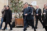 FRANCOIS FILLON - FRANCOIS FILLON PART APRES AVOIR VOTE A LA MAIRIE DU 7EME ARRONDISSEMENT DE PARIS, FRANCE, LE 23/04/2017.