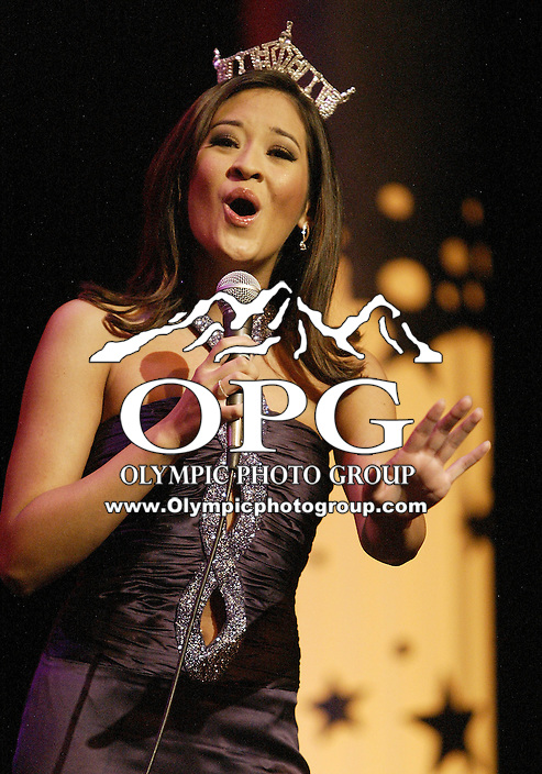 12 July, 2008:  2007 Miss Washington and second runner up in the Miss America pageant Elyse Umemoto entertained the audience during the crowning of the 2008 Miss Washington in the Pantages Theater in Tacoma , Washington.