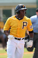 Pittsburgh Pirates outfielder Rodarrick Jones #17 during an Instructional League game against the Philadelphia Phillies at Pirate City on October 11, 2011 in Bradenton, Florida.  (Mike Janes/Four Seam Images)