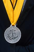 Europe/France/Midi-Pyrénées/46/Lot/Causse de Limogne/Lalbenque: Détail costume de la confrérie de la Truffe lors de la messe du 17 janvier en l'honneur de Saint-Antoine (saint patron des trufficulteurs)