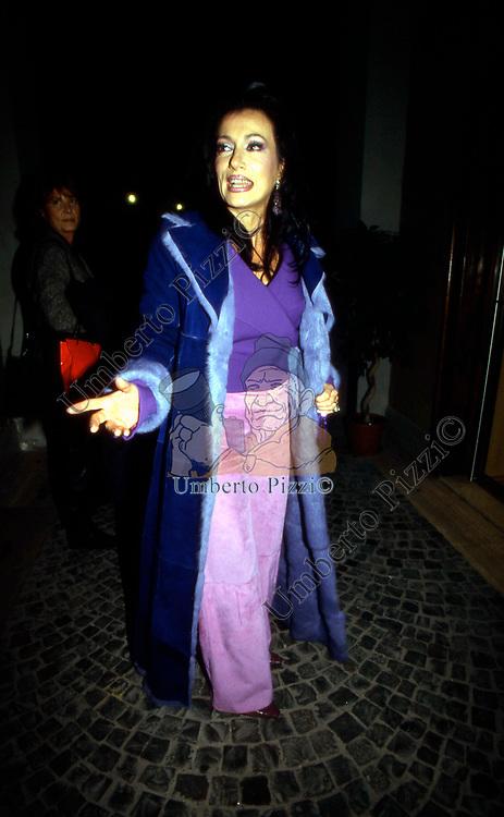 NANCY DALL'OGLIO<br /> CALENDARIO BATTISTONI  ROMA 2000